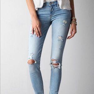 AE Light Distressed Skinny Jean